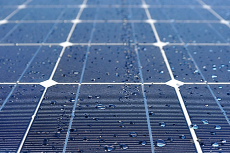 Selfcleaning Solar Panels Maximize Energy Efficiency