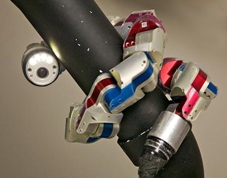 Snake Robots Crawl to the Rescue, Part 1 - ASME